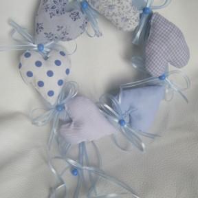 ghirlanda nascita azzurra cuori