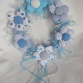 ghirlanda nascita azzurra fiori
