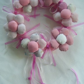 ghirlanda nascita fiori rosa