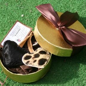 Portachiavi cuori doppi nero e maculato - confezione regalo