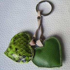 portachiavi 2 cuori verdi
