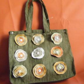borsa in tela con bottoni verde