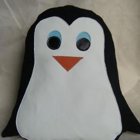 cuscino a forma di pinguino