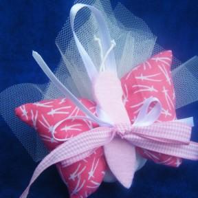 bomboniera con farfalla in stoffa rosa