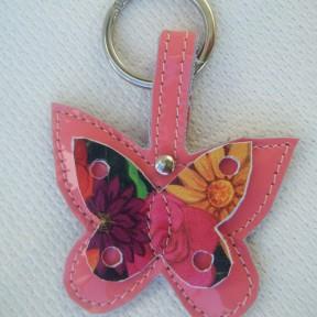 portachiavi farfalla vernice rosa e fantasia