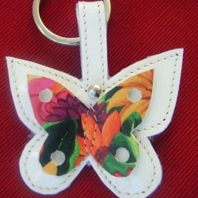 portachiavi farfalla vernice bianca e fantasia