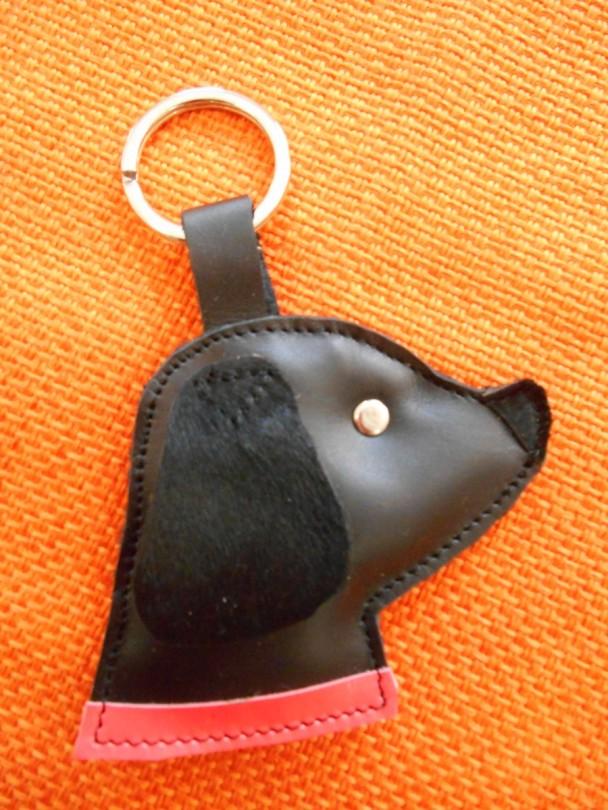 portachiavi cane nero