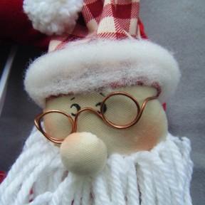 Ghirlanda Babbo Natale_ particolare