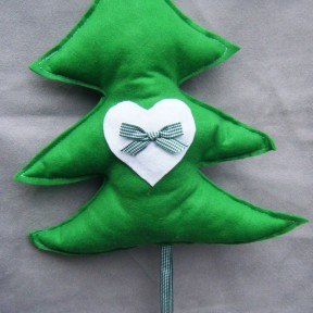 albero in pannolenci verde