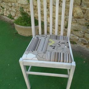 sedia in legno dopo il restyling