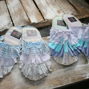 coccole in stoffa pastello e ritagli di stoffa